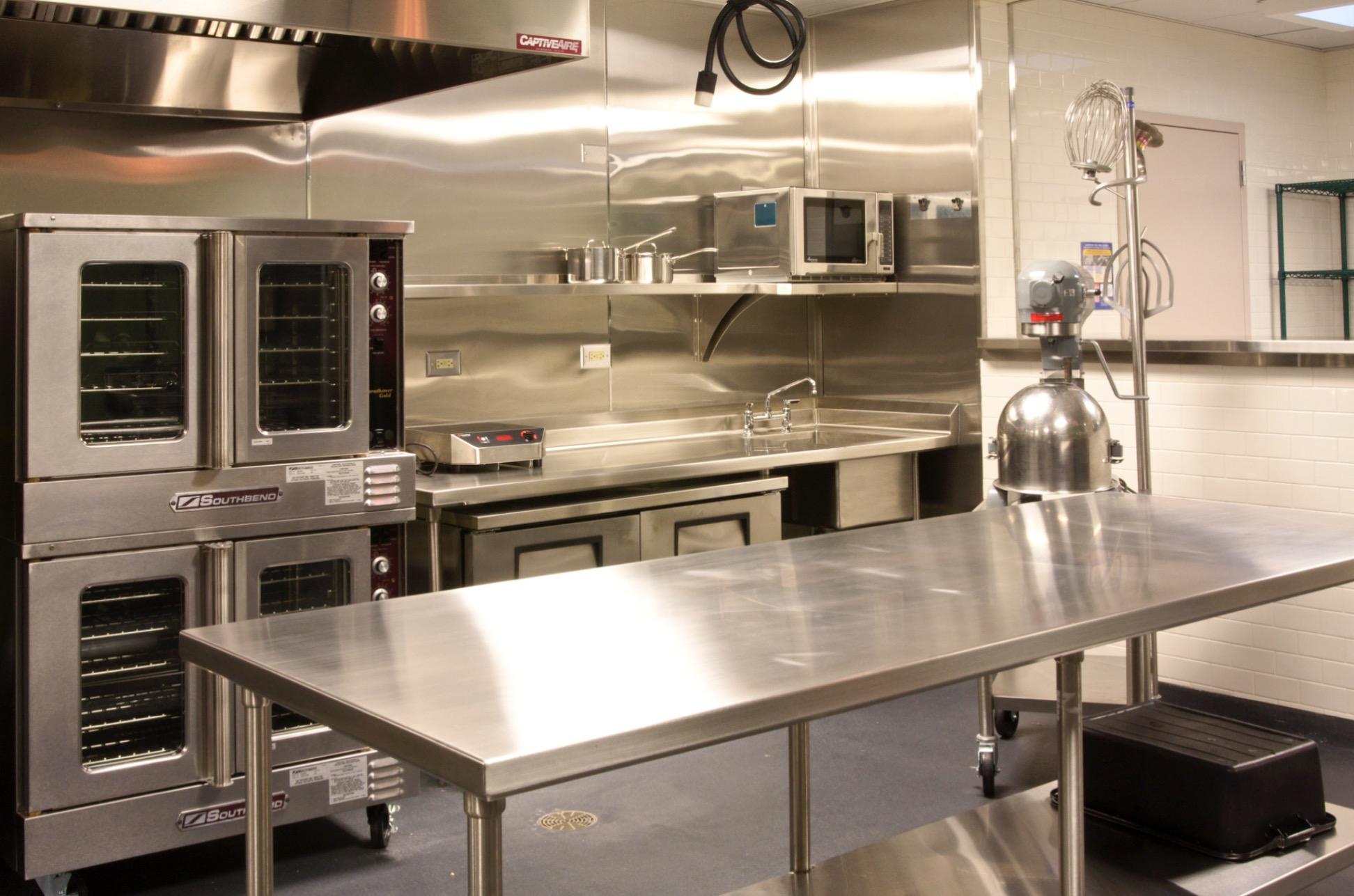 a shared kitchen - Shared Kitchen